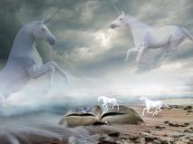 unicorns-1746639_1280